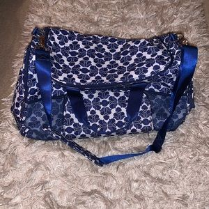 Vera Bradley duffle bag LIKE NEW